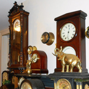 ANTIQUE CLOCKS - 2